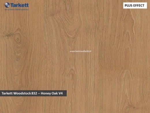 Tarkett Woodstock 832 V4 - Honey Oak