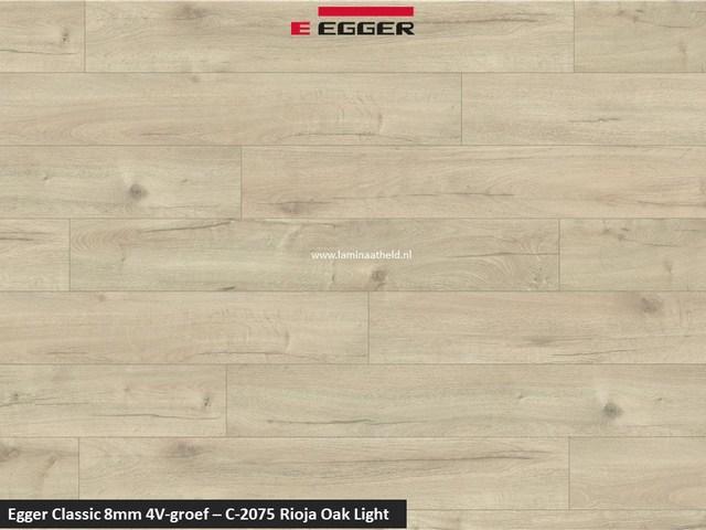 Egger Classic 8mm 4V - Rioja oak light C-2075